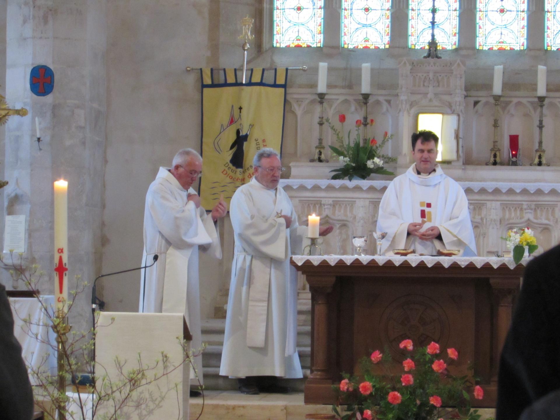 09.Père Jéôme & les diacres Gérard et André