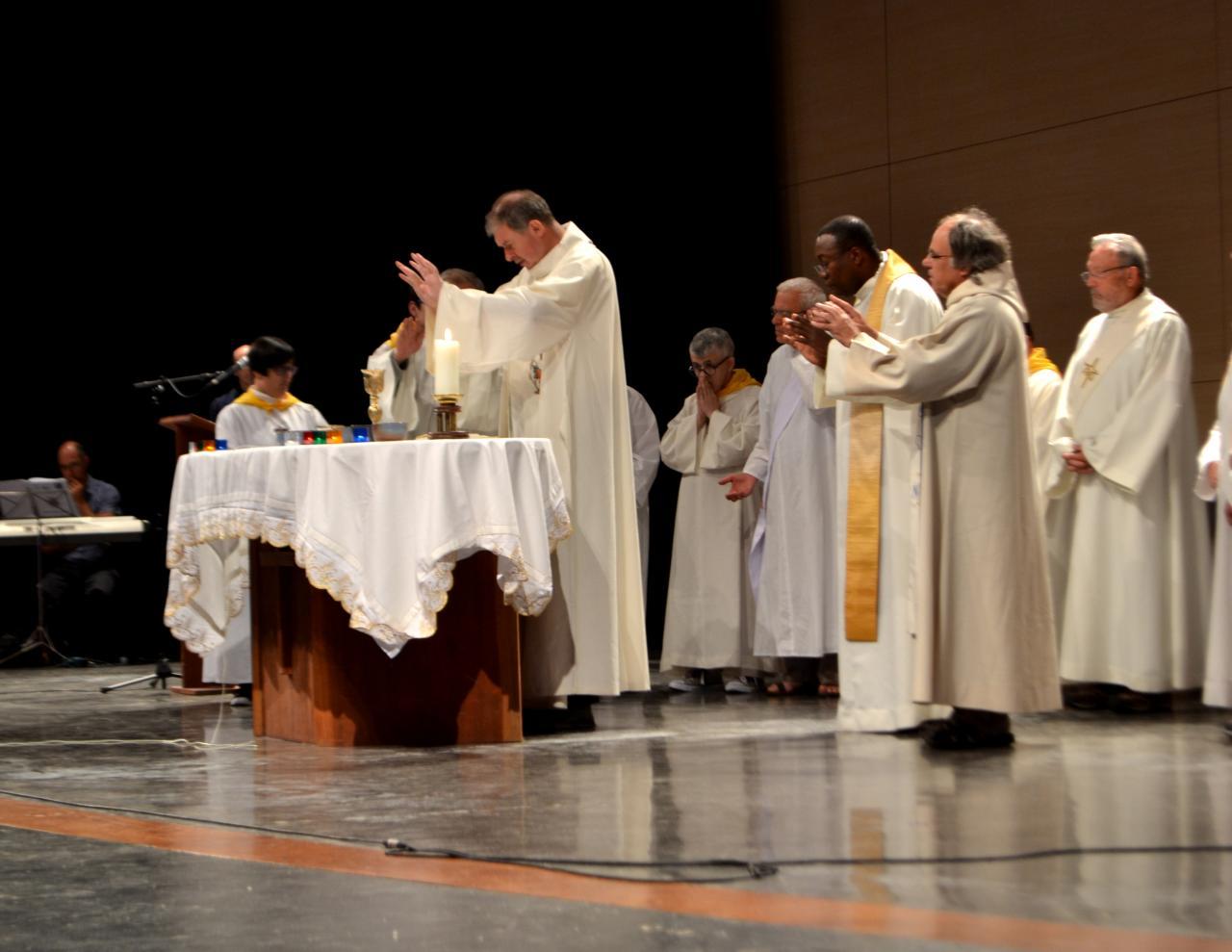 11.Messe à la Cité St Pierre