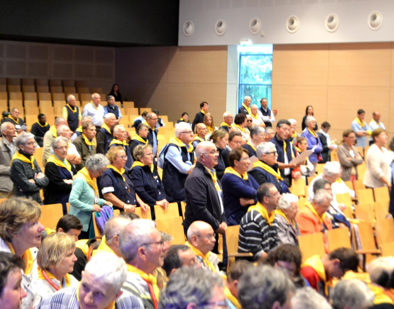 13.Messe à la Cité St Pierre
