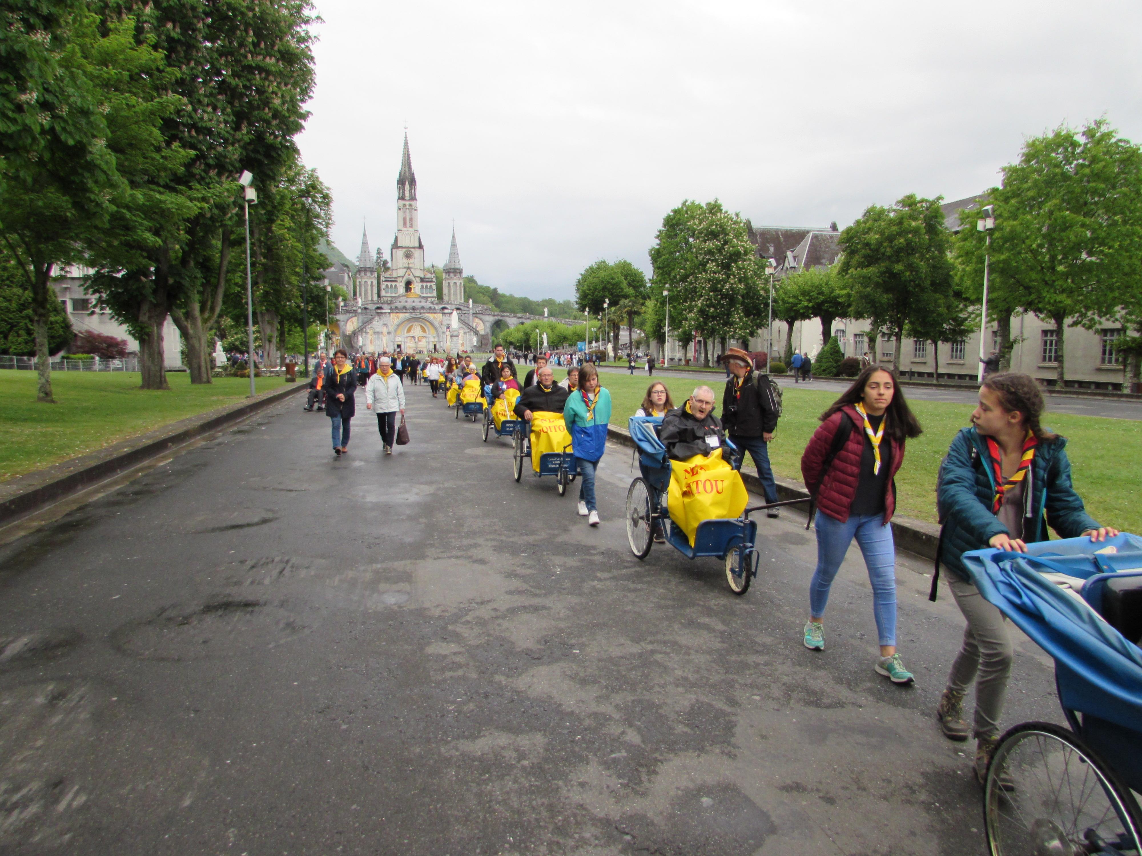 142 - En chemin pour la Basilique St Pie X
