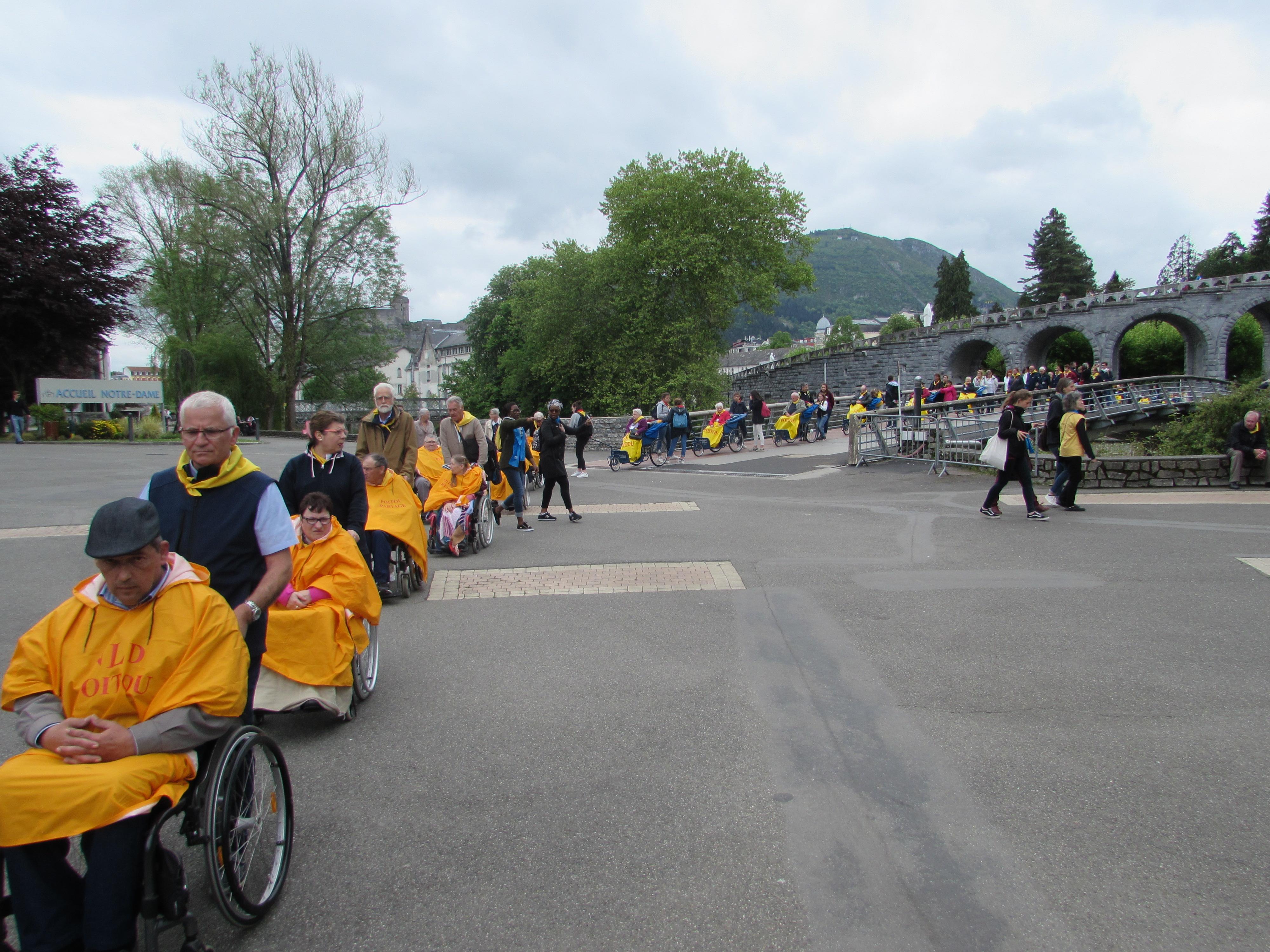 91 - En chemin pour la cérémonie d'ouverture