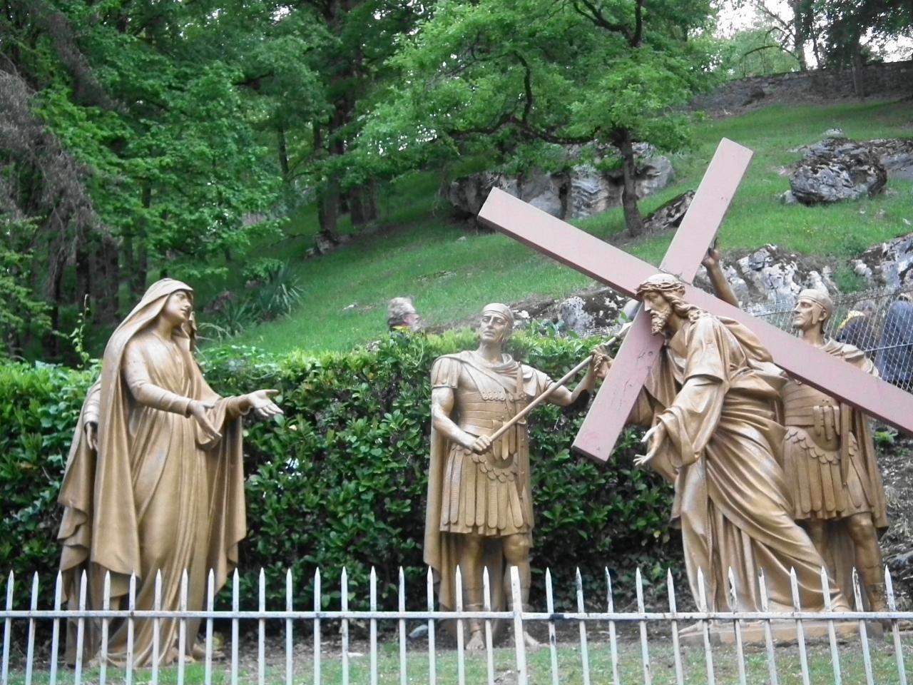 IVème Station - Jésus rencontre sa Mère