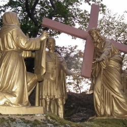 VIème Station - Véronique essuie le visage de Jésus