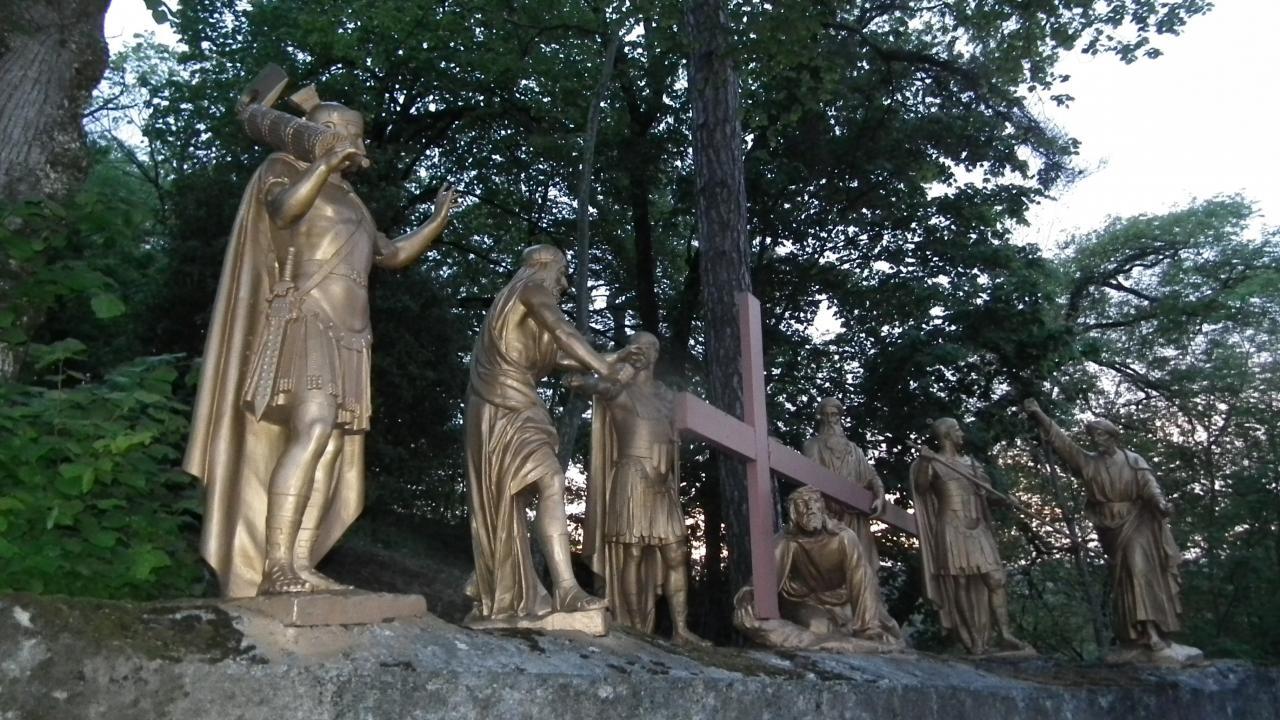 VIIème Station - Jésus tombe pour la seconde fois